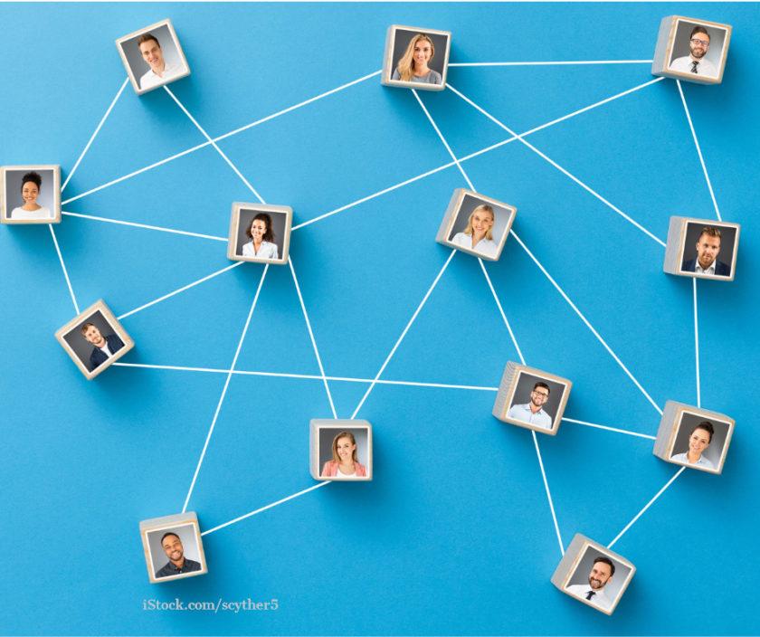 Personenfotos sind mit einem Faden vernetzt. Der Hintergrund ist blau.